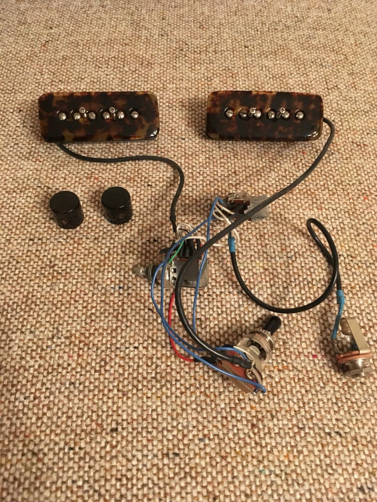2001-2002 Lindy Fralin Spalt Guitar Pickups All Wirot P-90 0d65533;0d65533s;s Tortoise Shell