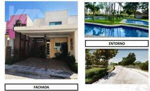 Casa en Venta Fracc. Andará Club Residencial, Chetumal, Q. Roo, 3 Recamaras, Cesión de Derechos A...