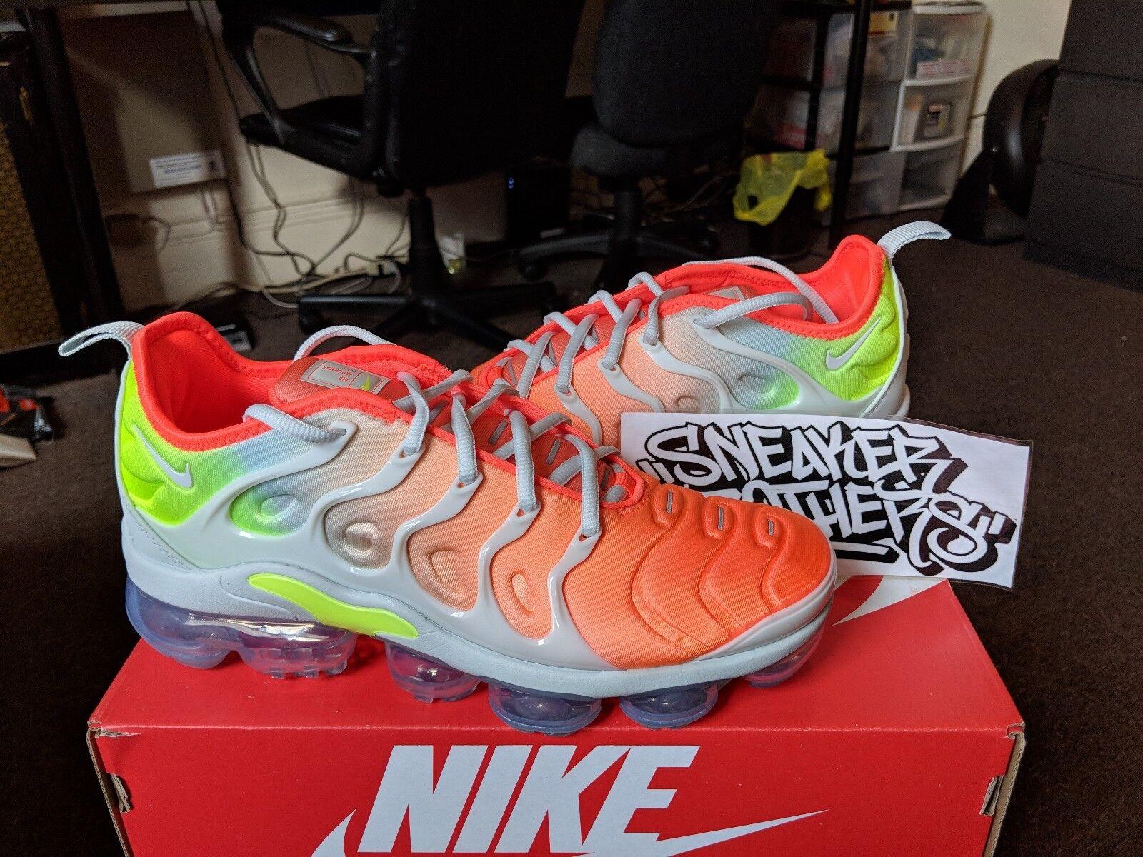 Nike W Air Vapormax Plus Barely Grey Reverse Crimson Sunset Volt Neon Crimson Reverse AO4550-003 8473f8