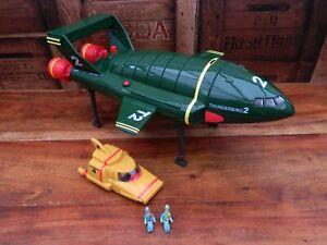 Thunderbirds-Supersize-Thunderbird-2-Thunderbird-4-Virgil-Gordon-Tracy-A