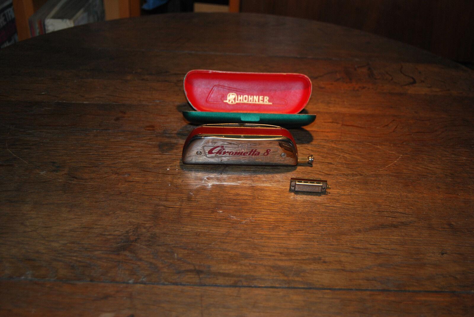 M-Hohner Mundharmonika Chrometta 8 (C-Dur) und Mini Hohner Anhänger mit Funktion