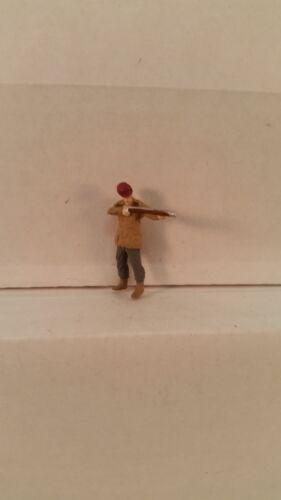 Arttista S Scale Figure 775 People Hunter with Rifle Man Hunting New