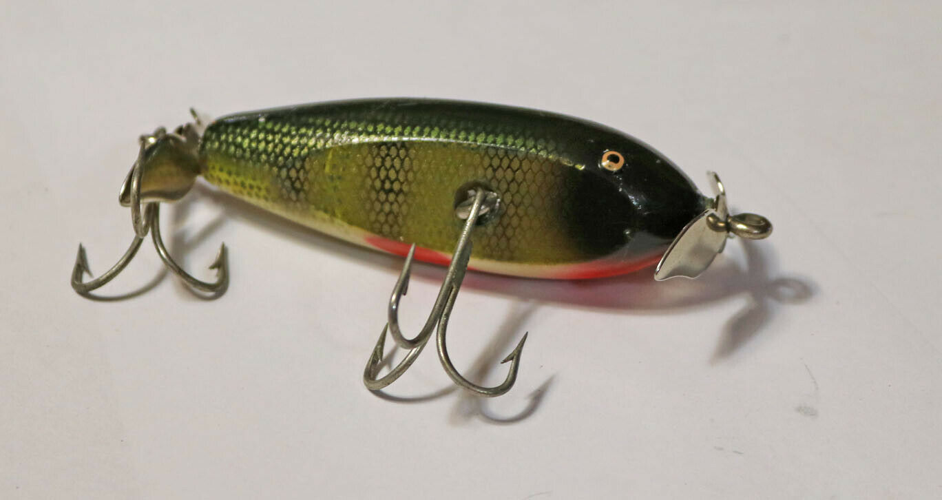 Vintage Wood Creek Chub Baby Injured Minnow Wood Fishing  Lure 2 3 4 Inches  fitness retailer