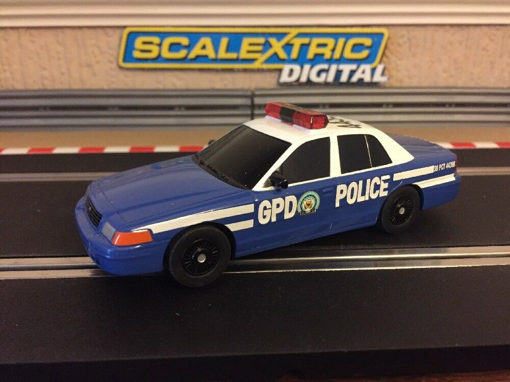 Scalextric Digital Gotham Police Car Flashing Roof Light Mint Condition