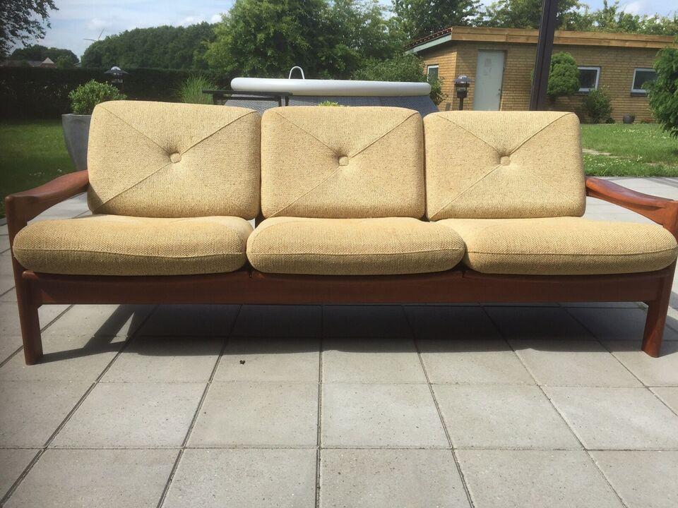 Anden arkitekt, Niels Bach, 3 personers sofa teak