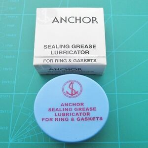 Watch-Silicone-Grease-and-Pad-Lubricator-Box-For-Re-Sealing-Watch-Gaskets-Seals