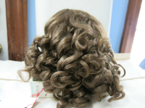SIZE  13  LIGHT BROWN PAIGE  ANTIQUE MODERN DOLL WIGS  SYNTHETIC MOHAIR