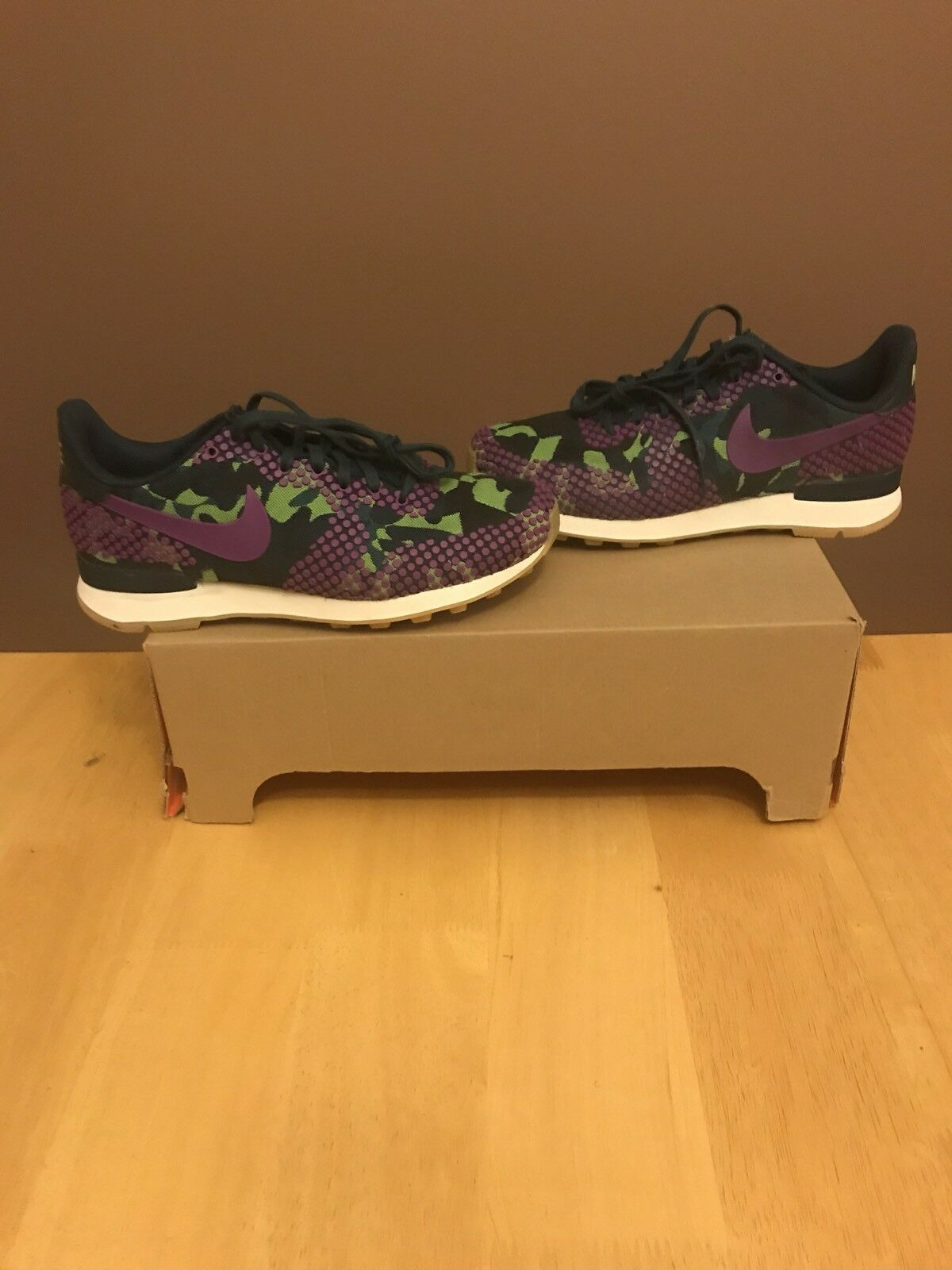 Nike Women's Internationalist Jacquard Prem Trainer Size 7 120 Max Fly Presto