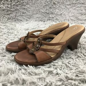 d5613f29a9 Image is loading Clarks-Shoes-Sandals-Brown-Leather-Slides-Strappy-Heels-