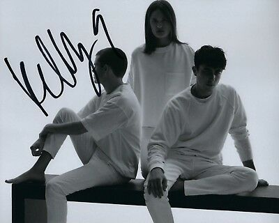 Signed 8x10 Photo K3 Coa In Short Supply Symbol Of The Brand Gfa Wet Band Don't You Singer Kelly Zutrau