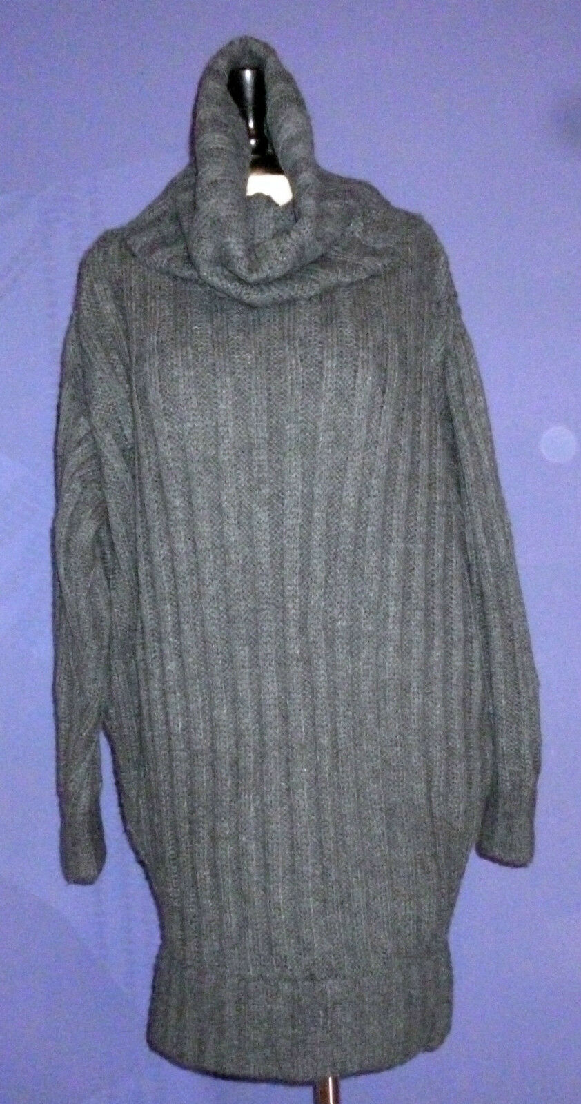 D&G  long long long  sweater. Size M. Made in . 2afd35