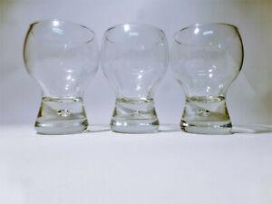 3-x-Trinkglaeser-0-2-l-mit-Luftblase-im-Fuss-vermutlich-Holmegaard