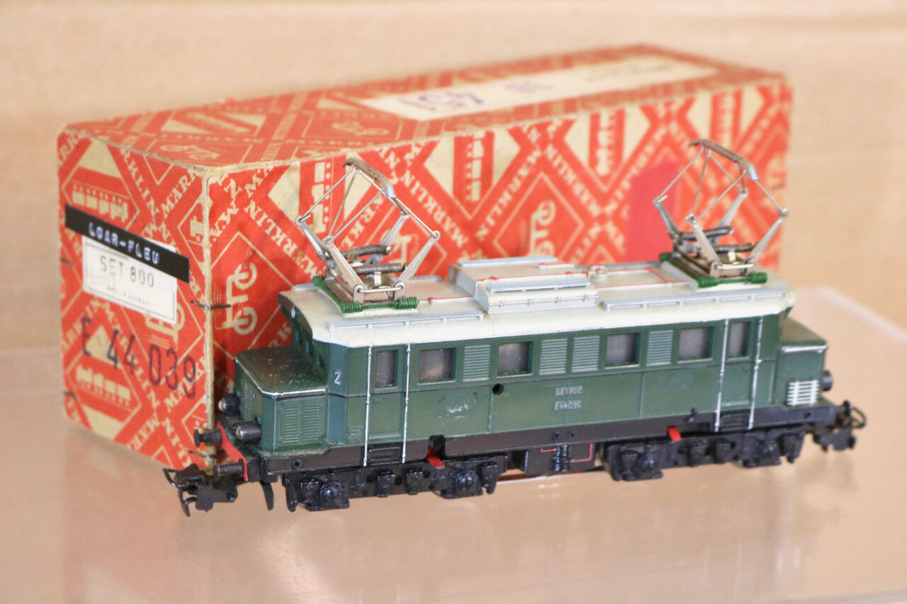Marklin Märklin Ensemble 800 3011 DB green Classe Br E44 039 E-Lok Locomotive
