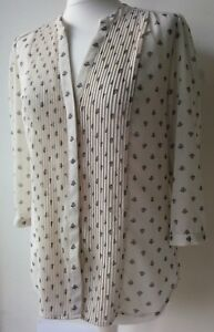 H-amp-M-BLOUSE-ivory-floral-pattern-three-quarters-sleeve-pleated-collarless-EUR38