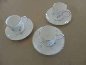 Wedgwood-Susie-Cooper-3-Coffee-Cups-amp-Saucers