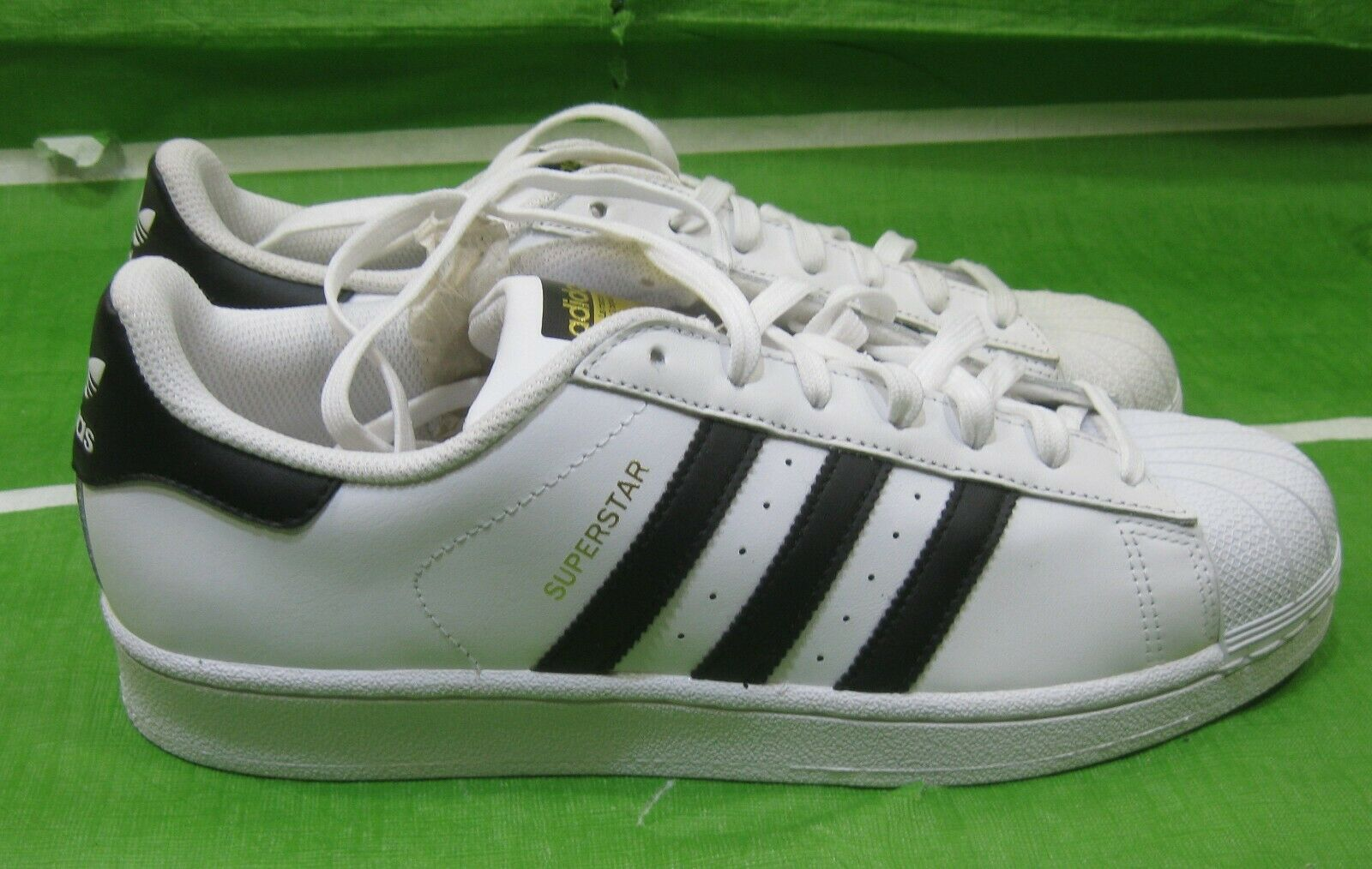 Adidas Originals Superstar Foundation SNEAKERS C77124  Size 10-9.5