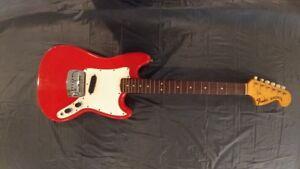 1969 Fender Bronco Avec étui, Génial Placard Trouver!-afficher Le Titre D'origine Haute Qualité