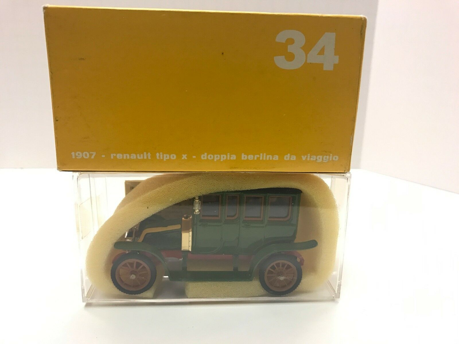 Vintage Rio Diecast Diecast Diecast Renault Tipo Mint W  Inner & Outer Boxes 82717a