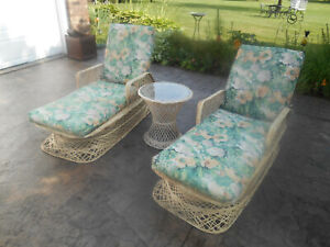 Brilliant Details About Vintage Pair Russell Woodard Spun Fiberglass Patio Chaise Lounge Chairs W Table Squirreltailoven Fun Painted Chair Ideas Images Squirreltailovenorg