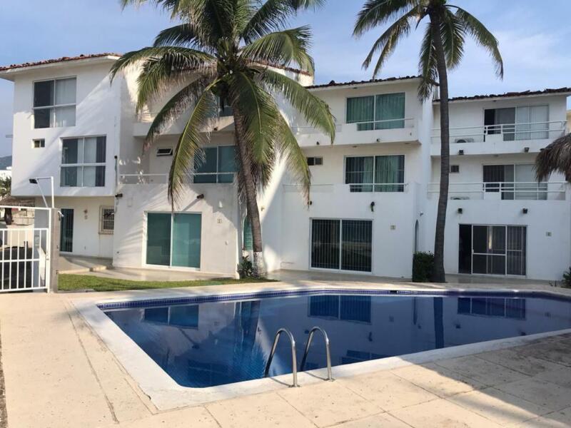 Casas Venta Manzanillo Olas Altas 74-CV-428