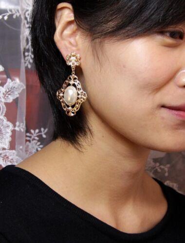 Boucles d/'Oreilles Pendante Clous Mini Perle Baroque Dentelle Metal CC 2