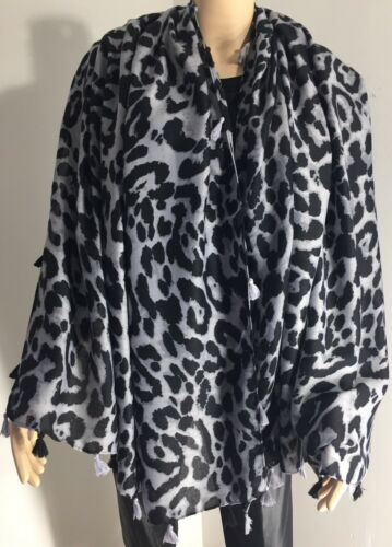 NEW Leopard Print Scarf Grey /& Black Tassels Grey /& Black Softest Feel Oversized