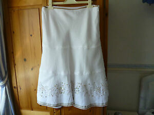 MONSOON-SUMMER-SKIRT-SIZE-12-WHITE-LINEN-FULLY-LINED-EMBROIDERY-BEADS-BUTTONS