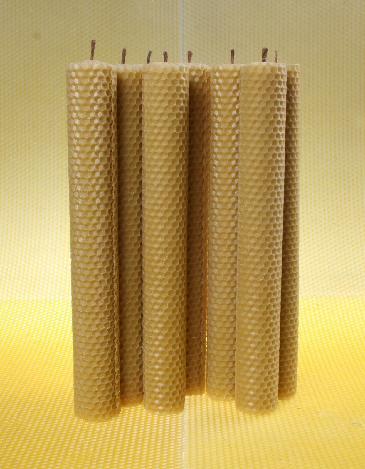 Lot of 8 LARGE BeesWax Candles 10 inches Honeycomb HANDROLLED 100% Pure [O]
