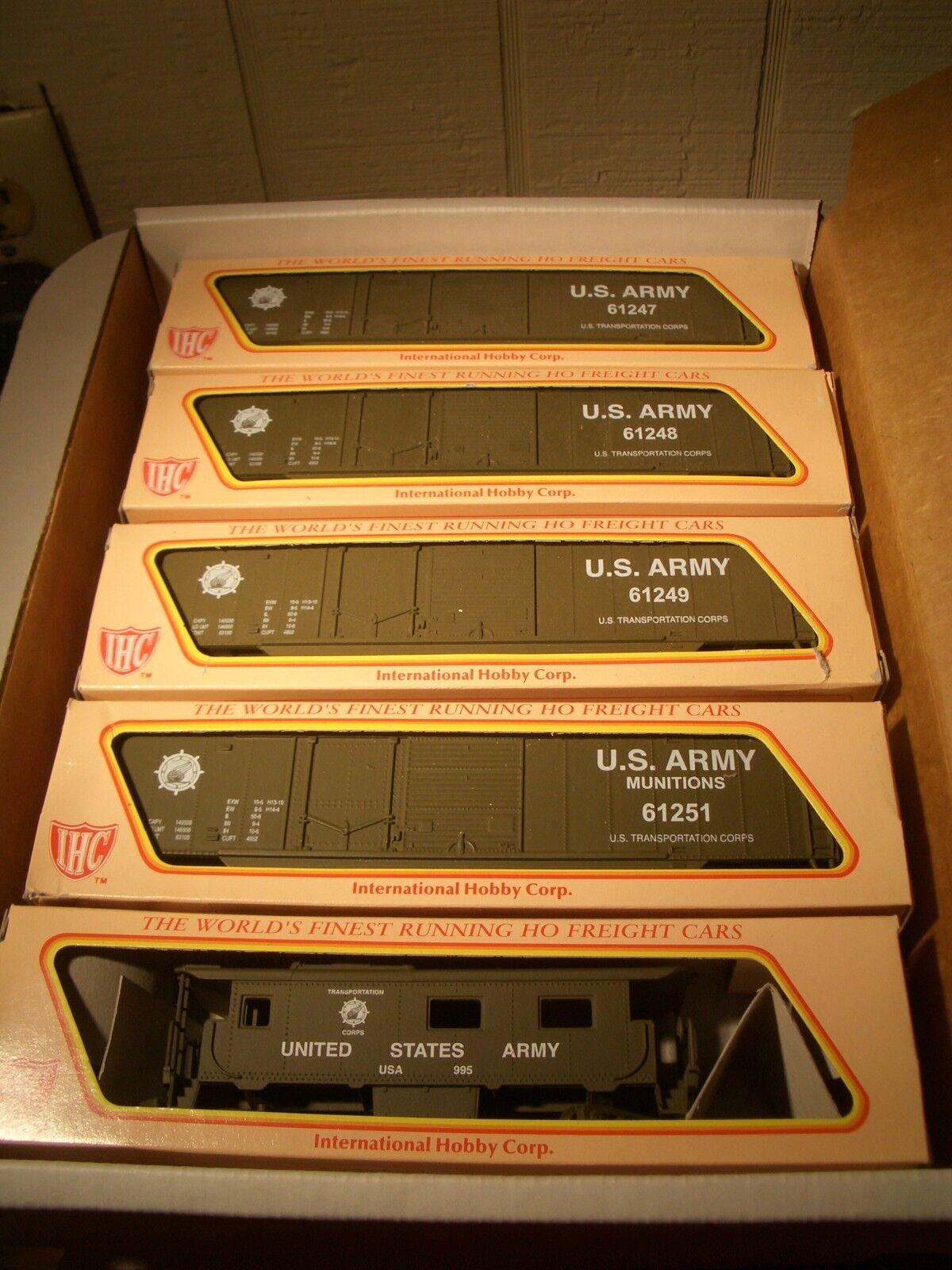 HO IHC US ARMY TRAIN SET US ARMY 4 BOX CARS & CABOOSE  FOUR ROAD   BBM-1001 USA