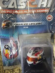 Charles-Leclerc-2018-Bell-Helmet-Helmets-Formula-1-Collection-32-1-5-MIB-spark