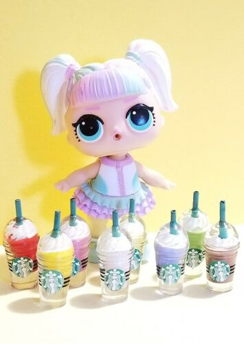 Dollhouse Miniature  *8 PCS *Starbucks Colors Frappuccino Coffee Cups 1:6 Scale
