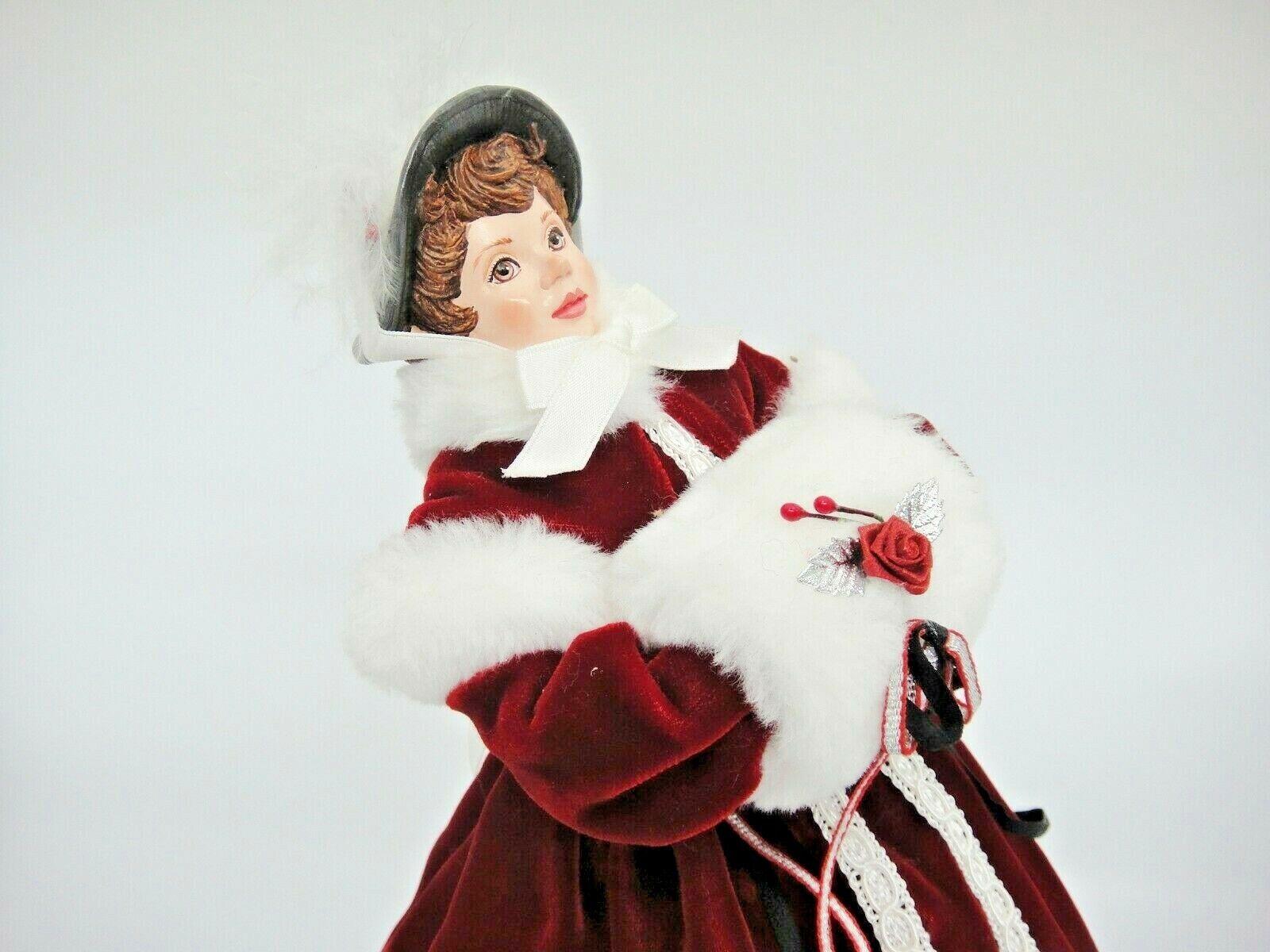 Carácter de Muñecas Victoriano Patinador Hielo simpich Evalyn Jane Borgoña Abrigo Muff Como Nuevo