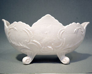 Shell-Pink-Milk-Glass-Footed-Bowl-in-the-Holiday-pattern-by-Jeanette-Glass