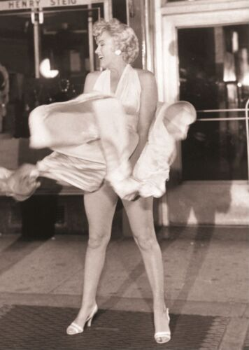 2 PICTURE POSTER PRINT AMK146 MARYLIN MONROE