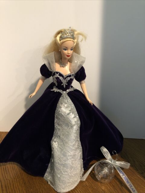 Millennium Princess 2000 Barbie Doll With Stand And 2000 Ball