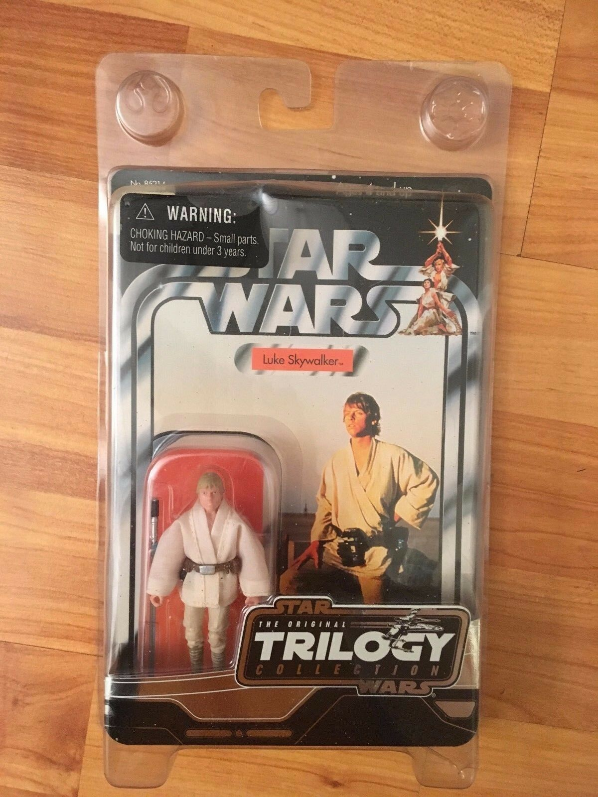 BOXED STAR WARS THE ORIGINAL TRILOGY COLLECTION LUKE SKYWALKER HASBRO FIGURE