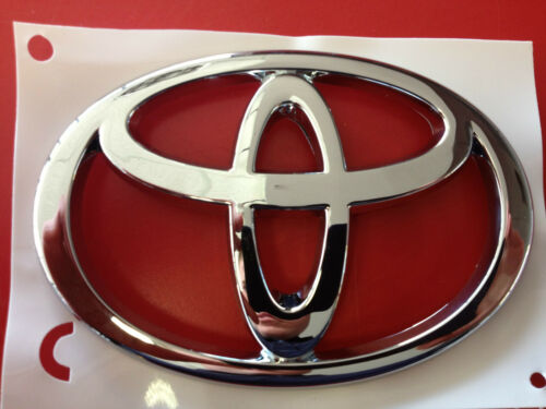 GENUINE TOYOTA COROLLA 02 03 AND MATRIX 02 03 04 05 06 FACTORY TRUNK EMBLEM