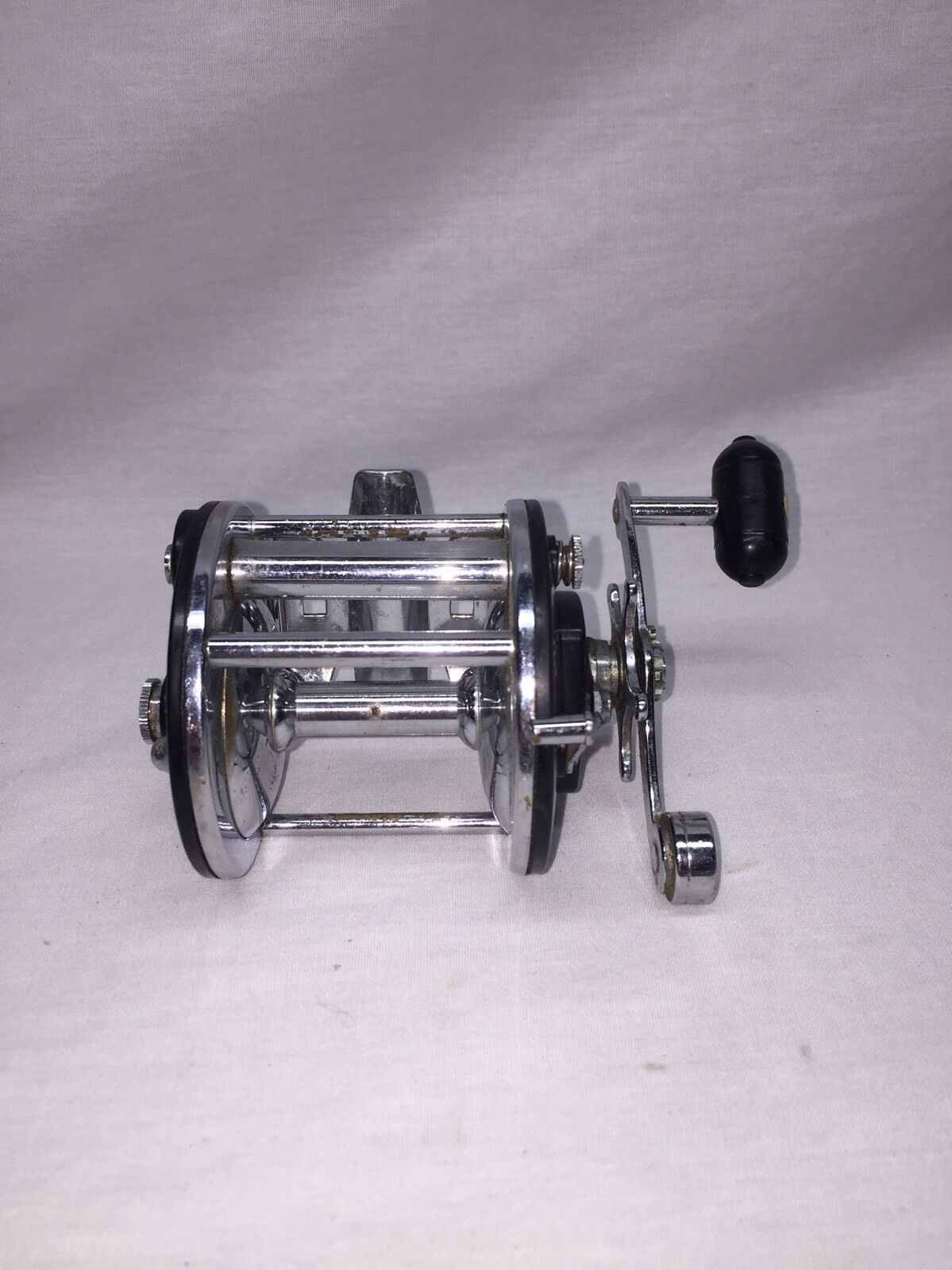 Vintage Rare Japanese Heddon 409 Casting  Reel Good Condition  free delivery and returns
