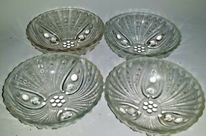 4-Vintage-Pressed-Glass-3-Footed-Individual-Nut-Candy-Dishes