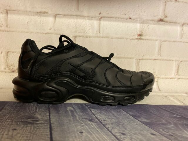 Nike Air Max Plus TN Triple Black Running Shoes AJ2029 001 Men's Size 9 NEW
