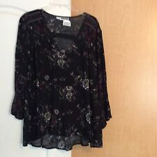 New Maurices - Black Floral Flared Women Top Plus Size 1(1X)
