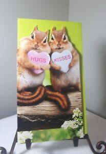 AVANTI-VALENTINES-DAY-CARD-Chipmunks-034-HUGS-KISSES-034-candy-hearts