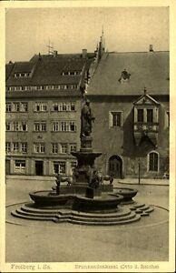 FREIBERG-Sachsen-1920-25-alte-AK-Brunnen-Denkmal-mit-Otto-der-Reiche-Postkarte