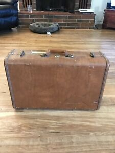 Vintage-Samsonite-Suitcase