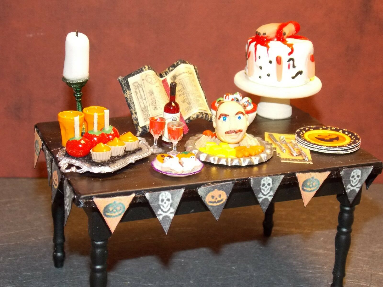Dollhouse Miniature Halloween Party Table Food 1:12 scale Dollys Gallery Gallery Gallery E29 f86a28