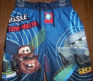 3 Piece Set Disney Little Boys Cars 2 Finn McMissle /& Mater Pajama Set /& Tote