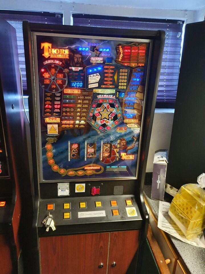 Compugame, spilleautomat, God