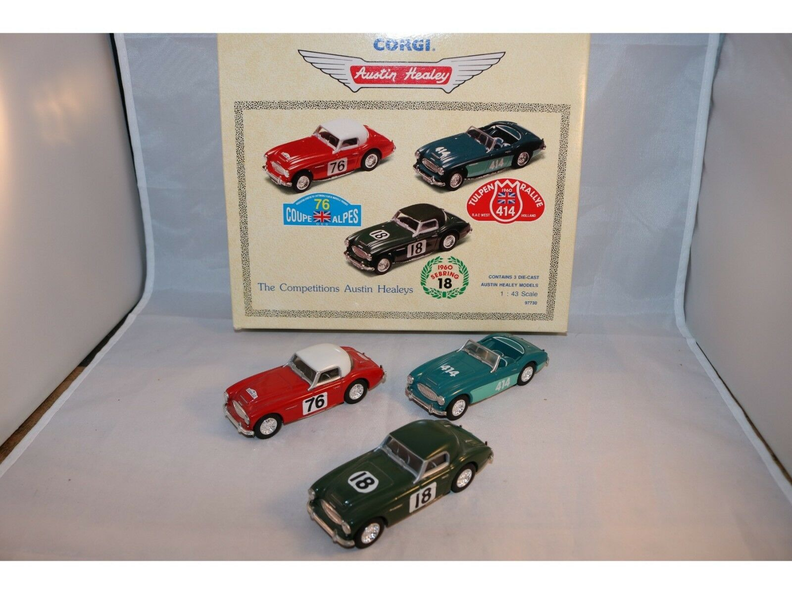 Corgi Toys 97730 The competitions Austin Healeys Gift Set in mint condition