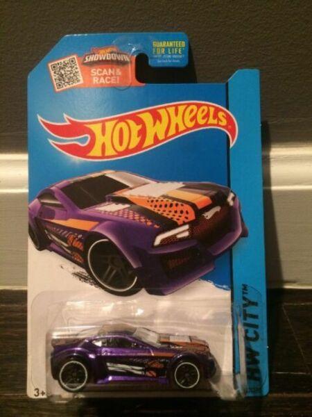 2015 Hot Wheels Torque Twister #67//250 HW City Diecast Vehicle Purple