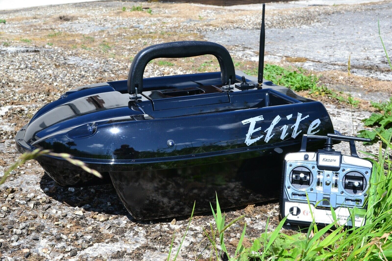 Elite Pesca De Cochepa Cebo Barco -- en negro brillante